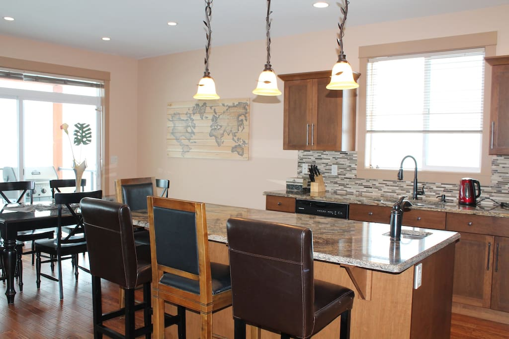 Dream Kitchen with Dining Spaces at the Island or Dining Table!