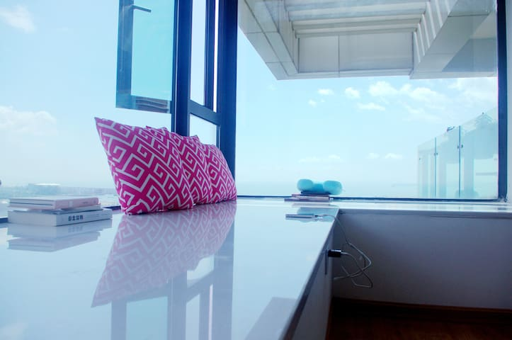 Whale's Home鲸鱼家海景公寓 超赞海景 1分钟到海边 整套连住送接机早餐 - Xiamen  - Apartment