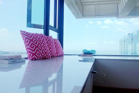 Whale's Home鲸鱼家海景公寓 超赞海景 1分钟到海边 整套连住送接机早餐 - Xiamen