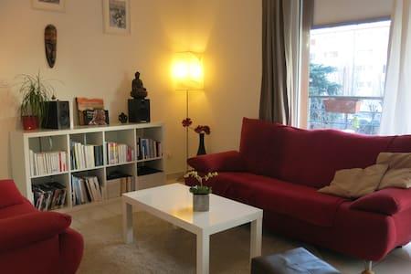 Appartement Cosy T2 tout équipé - Joué-lès-Tours - Byt