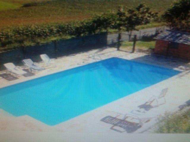 Apartamento con piscina y barbacoa - Arancedo - Apartamento