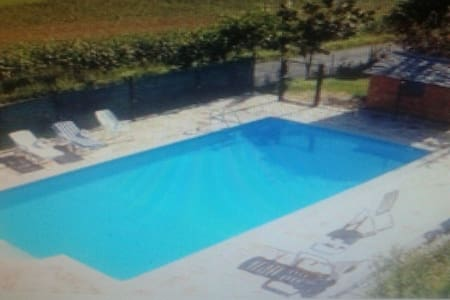 Apartamento con piscina y barbacoa (Busgosu). 2-4