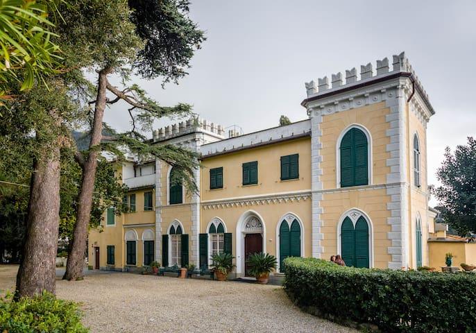 Glicine double room in castle