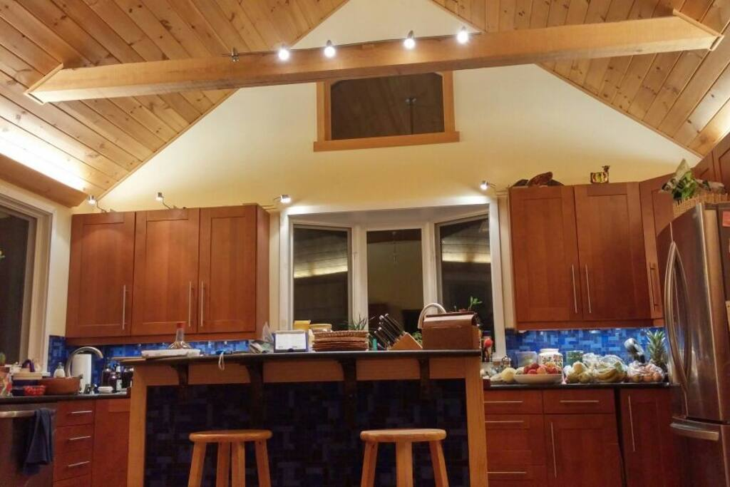 Large kitchen with two sinks, two refrigerators, lots of counter space, five burner stove, double ovens.  Great for hosting.