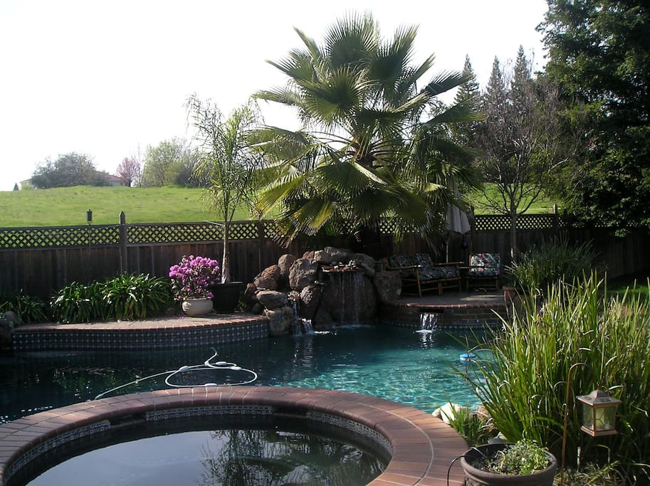 Cozy Corner Room Inviting Home Houses For Rent In Roseville California United States