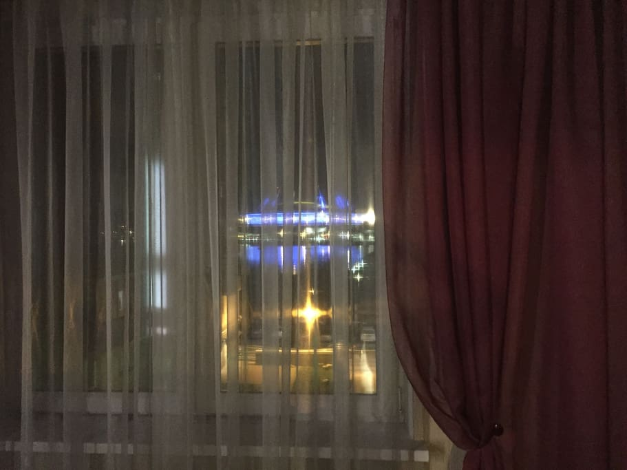 "Вид из окна на стадион ""Санкт-Петербург Арена"""