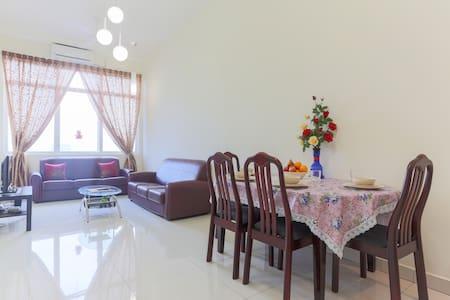 Zahras Retreat (In the Heart of K.L - Kuala Lumpur - Apartment