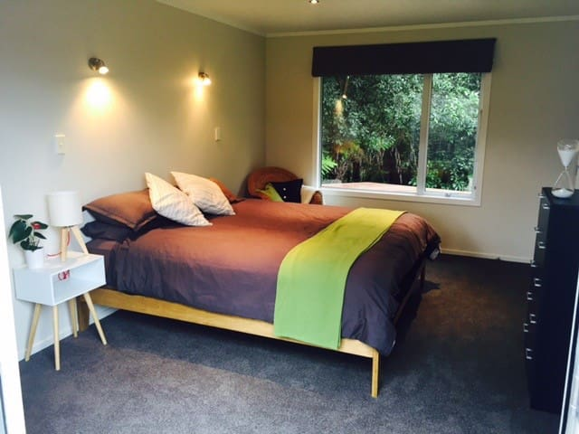 Bush house in Birkdale - Auckland - Apartament