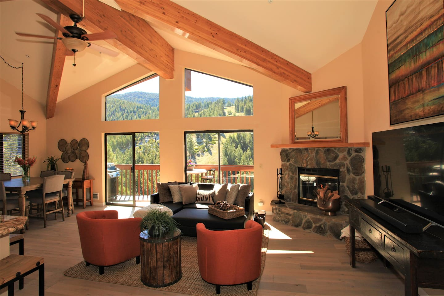 This mountain sanctuary overlooking Diamond Peak is the perfect place to gather, relax, entertain and take in the sweeping views of the mountains and Lake Tahoe beyond.  Completely updated and modern this 2 bedroom/2 bath condominium is comfortable, spacious and stylish.