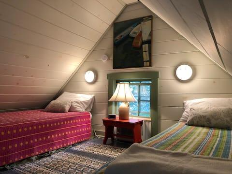 Studio Apartment in Coastal Maine