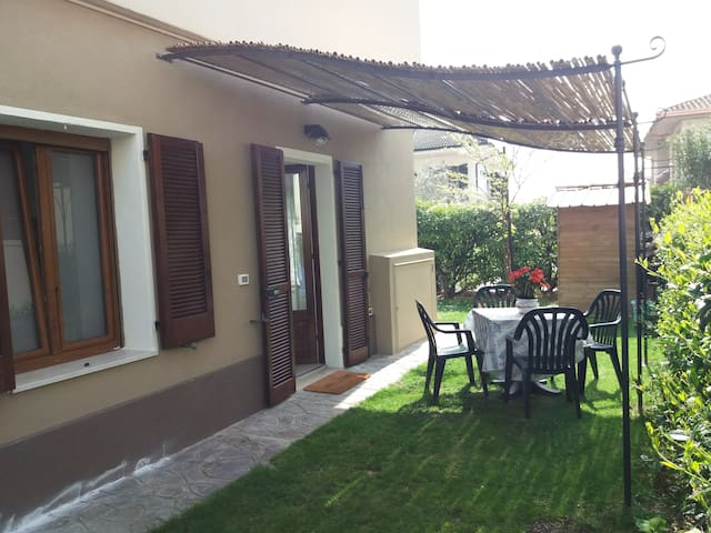 Bouganville apartment Peschiera del Garda