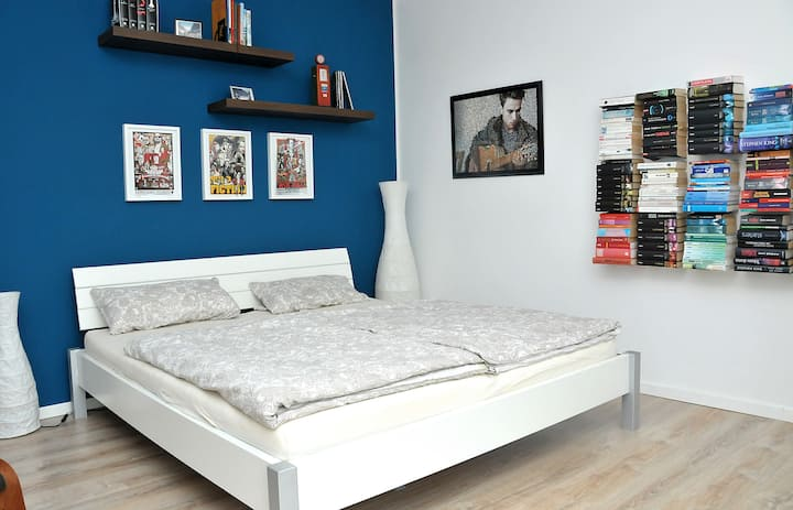 King size bed in quiet room