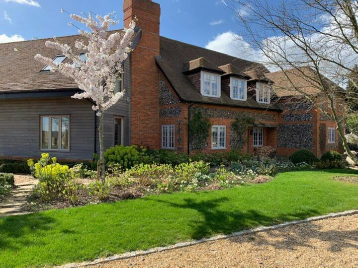 Stunning Cottage in South Oxfordshire