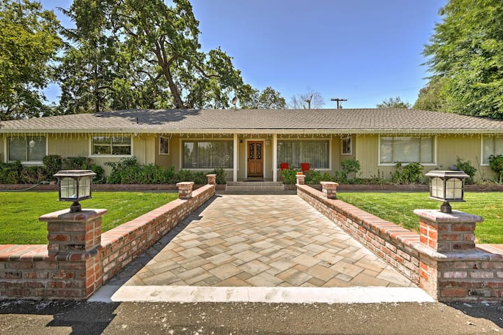 Gilroy Home w/Deck on 20 Acres - 7 Mi to Downtown!