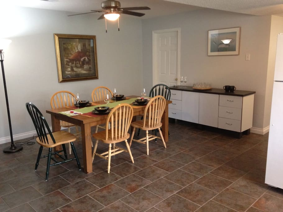 Large Kitchen & Dining Rooms