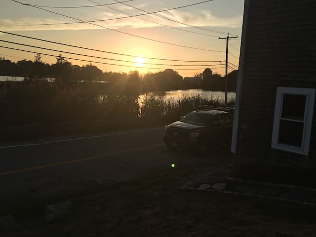 TIverton home on beautiful Nanaquaket Pond