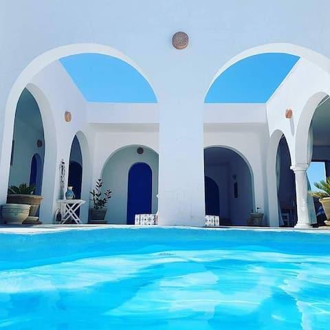 Chambres d hôtes face à la mer Dar Chick Yahia
