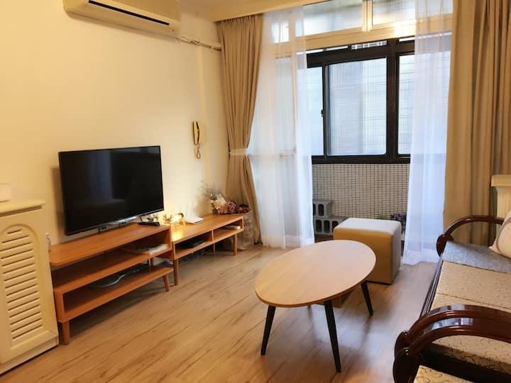 3 bedroom apartment in Taipei City, near MRT O10
