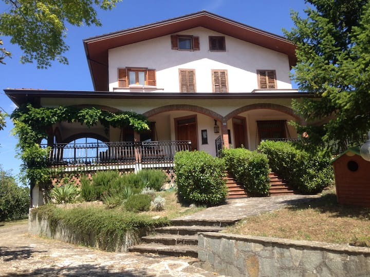 Villa in collina pace e relax