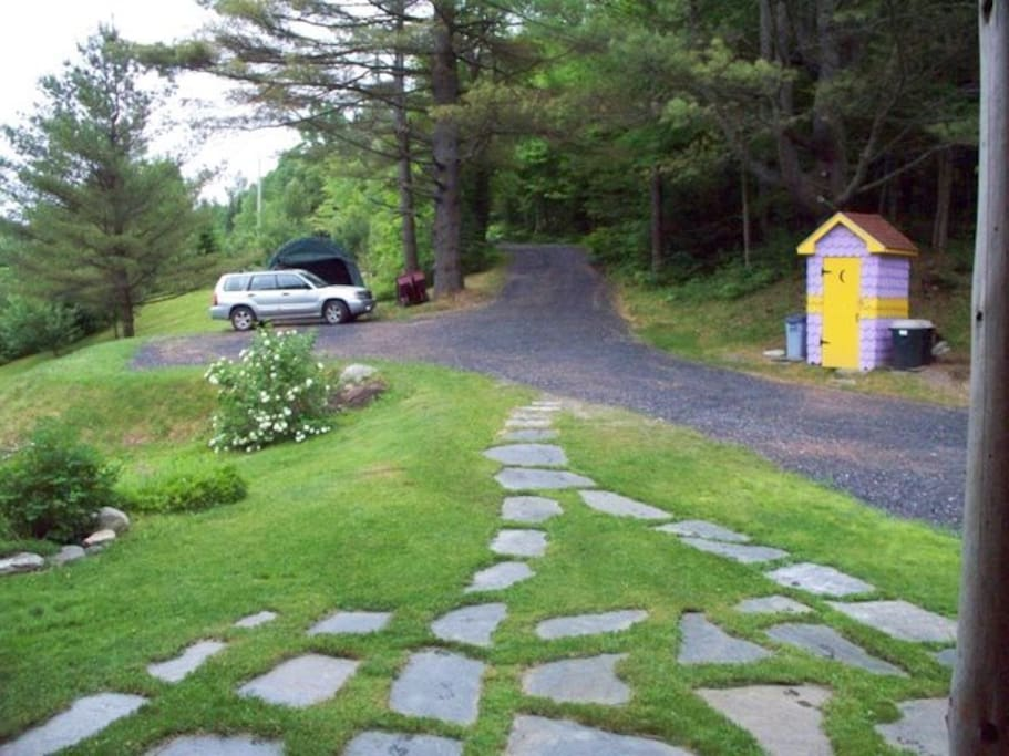 Looking back up the driveway to the mountain road
