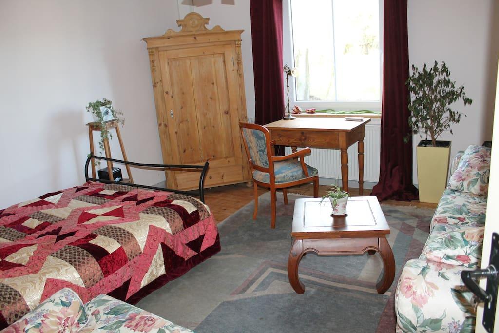 Schlafzimmer 2, St Bridget, 1. Wohnung