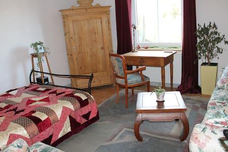 Casa Cara, Ferienwohnungen - Gefrees - Apartamento