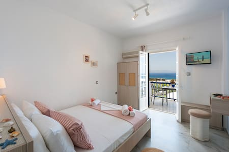 Dryades, Triple Comfort two room with sea view