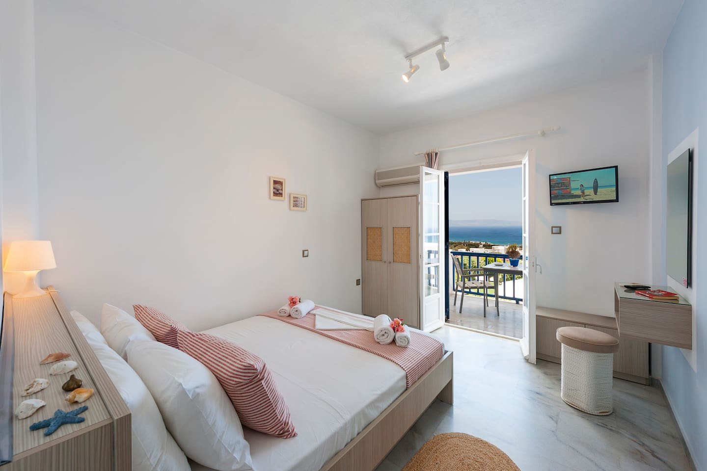 Triple comfort ideal for family, sea view