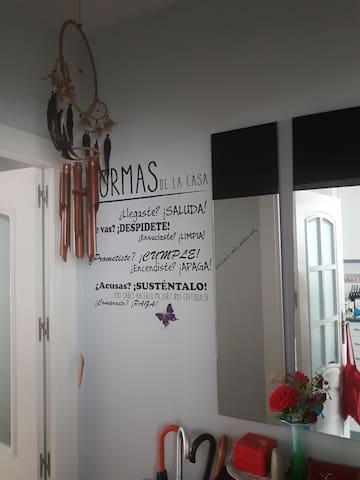 Habitación individual y acogedora a 20' de Madrid. - Alcorcón - Flat