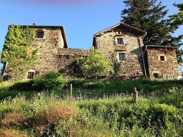Mas écologique du Fourchet - Beaumont - บ้าน