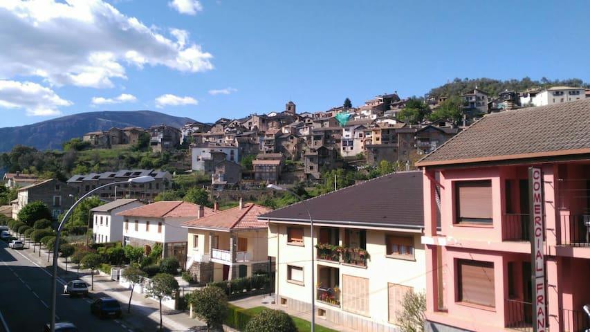 Piso 3 habitaciones en Boltaña - Boltaña