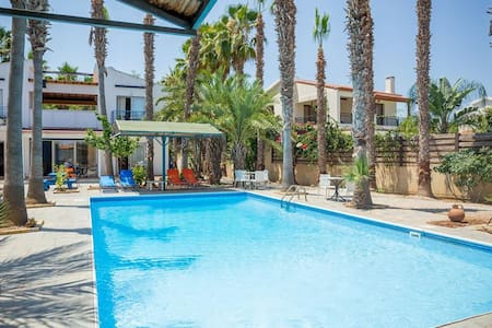 Periyiali  Apartments/ 100m from the beach!!!