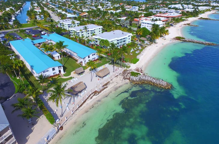 2 Bdm Condo Oceanfront Complex, Key Colony Beach