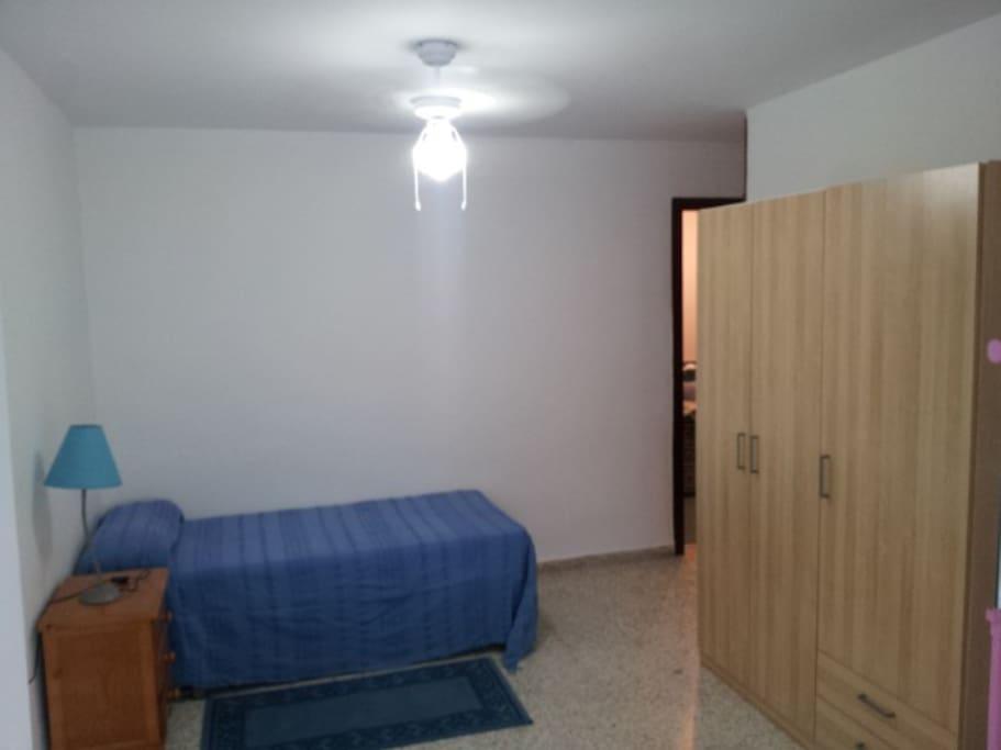 Piso en nervion 3 habitaciones apartments for rent in for Piso nervion sevilla