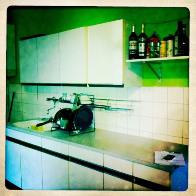 Küche in Küche. Bildnis, 2012