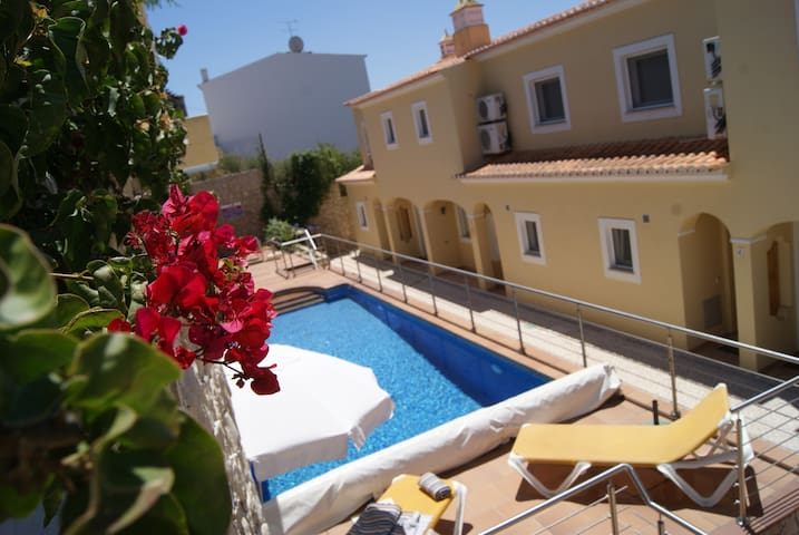 Beautiful village house in Espiche - Lagos - Dom