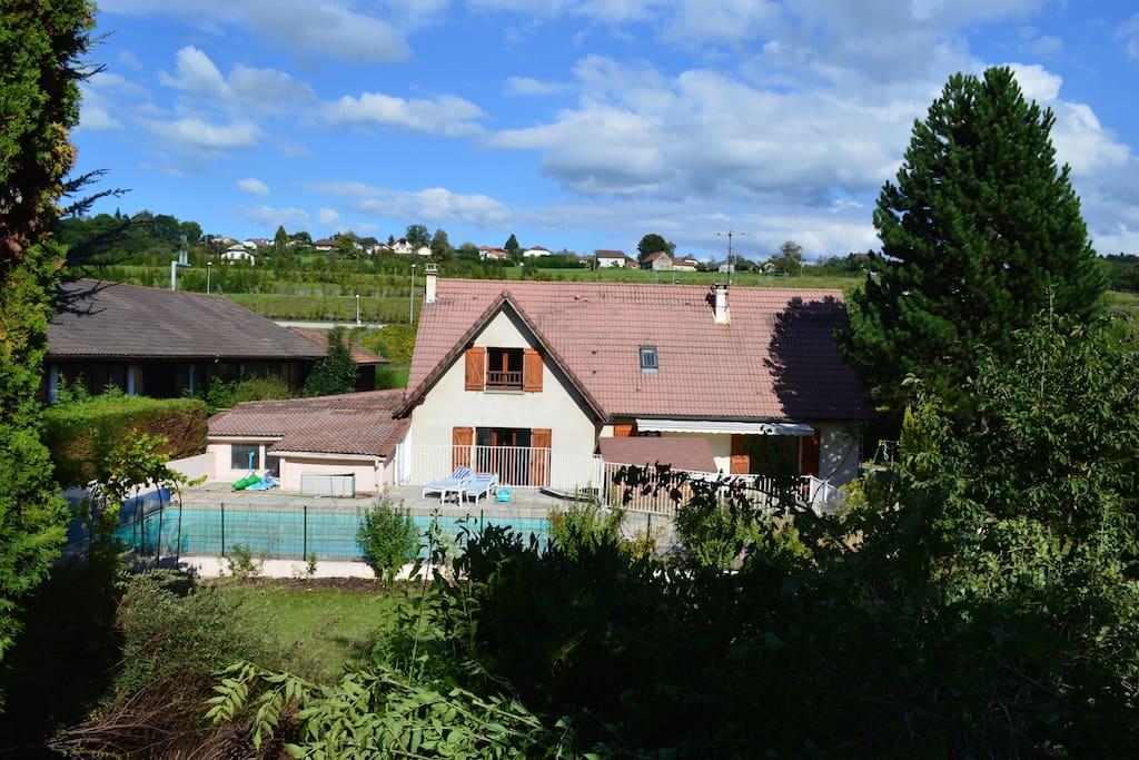 Objectif piscine et d tente houses for rent in for Buthier piscine