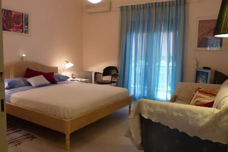 Cozy 1 Bedroom Apartment - Kato Gatzea - อพาร์ทเมนท์