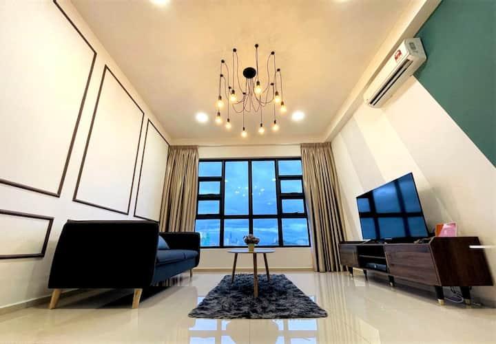 QRAC Luxurious Suite @ EkoCheras