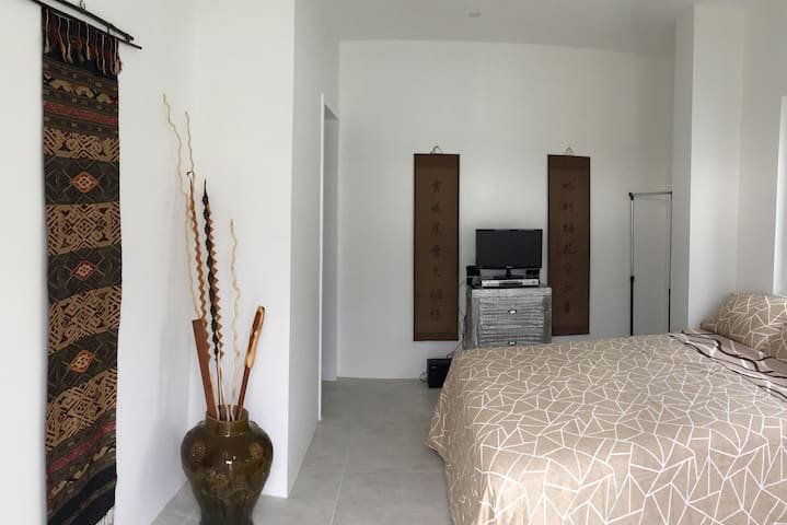 Your private room with ensuite and private access