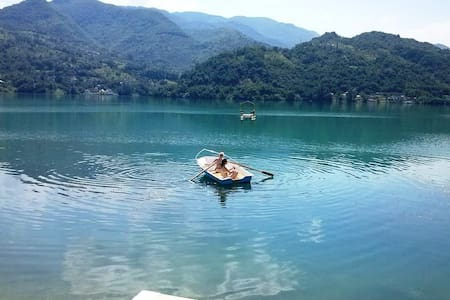 Guest house Jablanicko lake - Rumah
