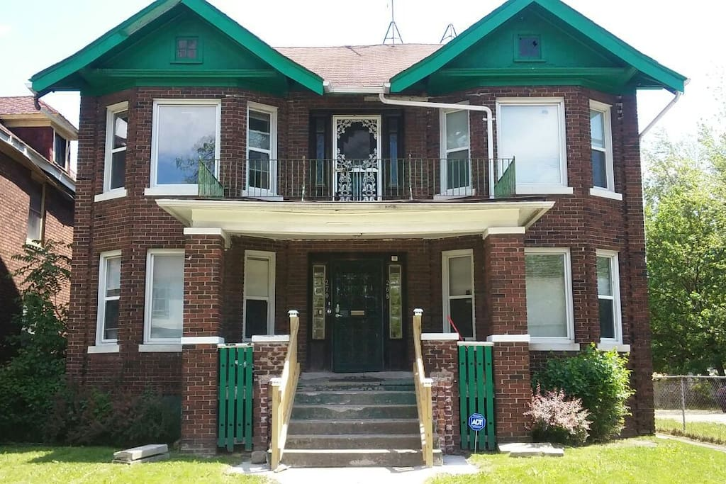 Hot North End Entire 2 Bedroom Apartment W1 Condominiums For Rent In Detroit Michigan United