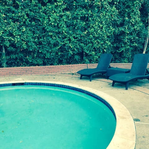 Guest House by LAX with Pool - Los Angeles - Casa