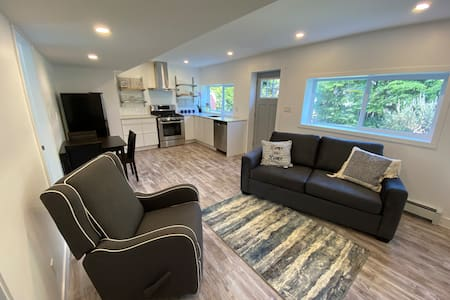 Brand New level entry suite Central Nanaimo.