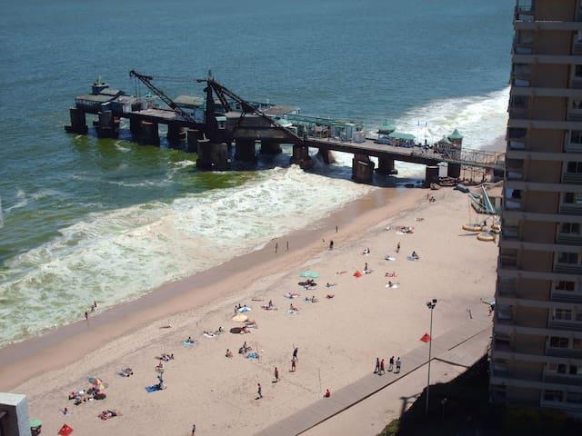 Direct access to the beach Acapulco Vina del Mar
