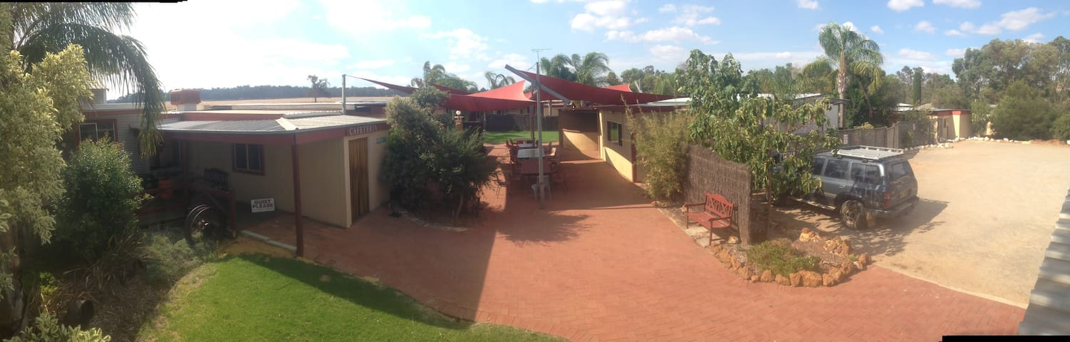 Accommodation and Meals Dandaragan-Moora Region