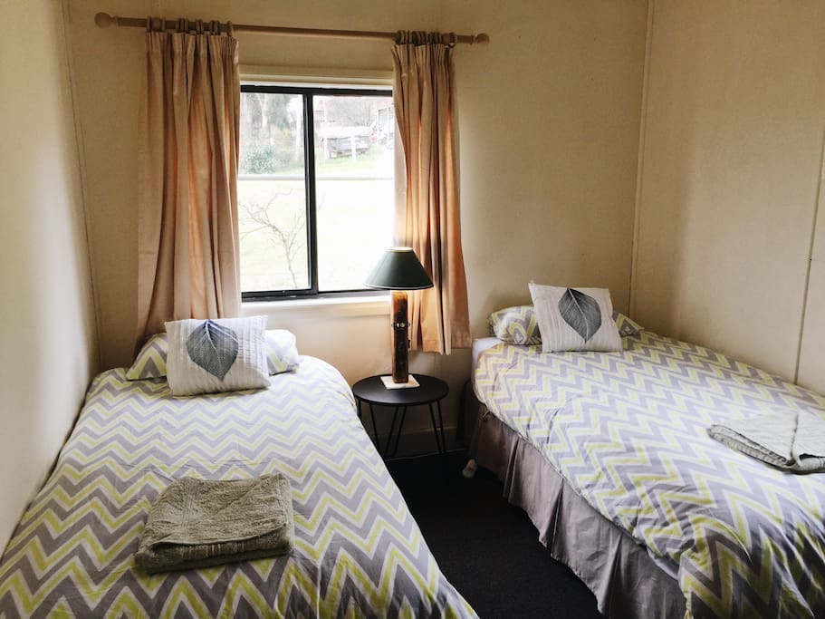 Second bedroom, two single beds.