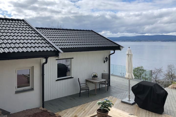Gjestehus med fantastisk utsikt over Oslofjorden