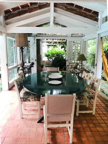 Área externa/ Sala de almoço