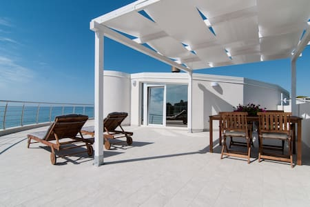 Loft over the sea - Lido di Noto